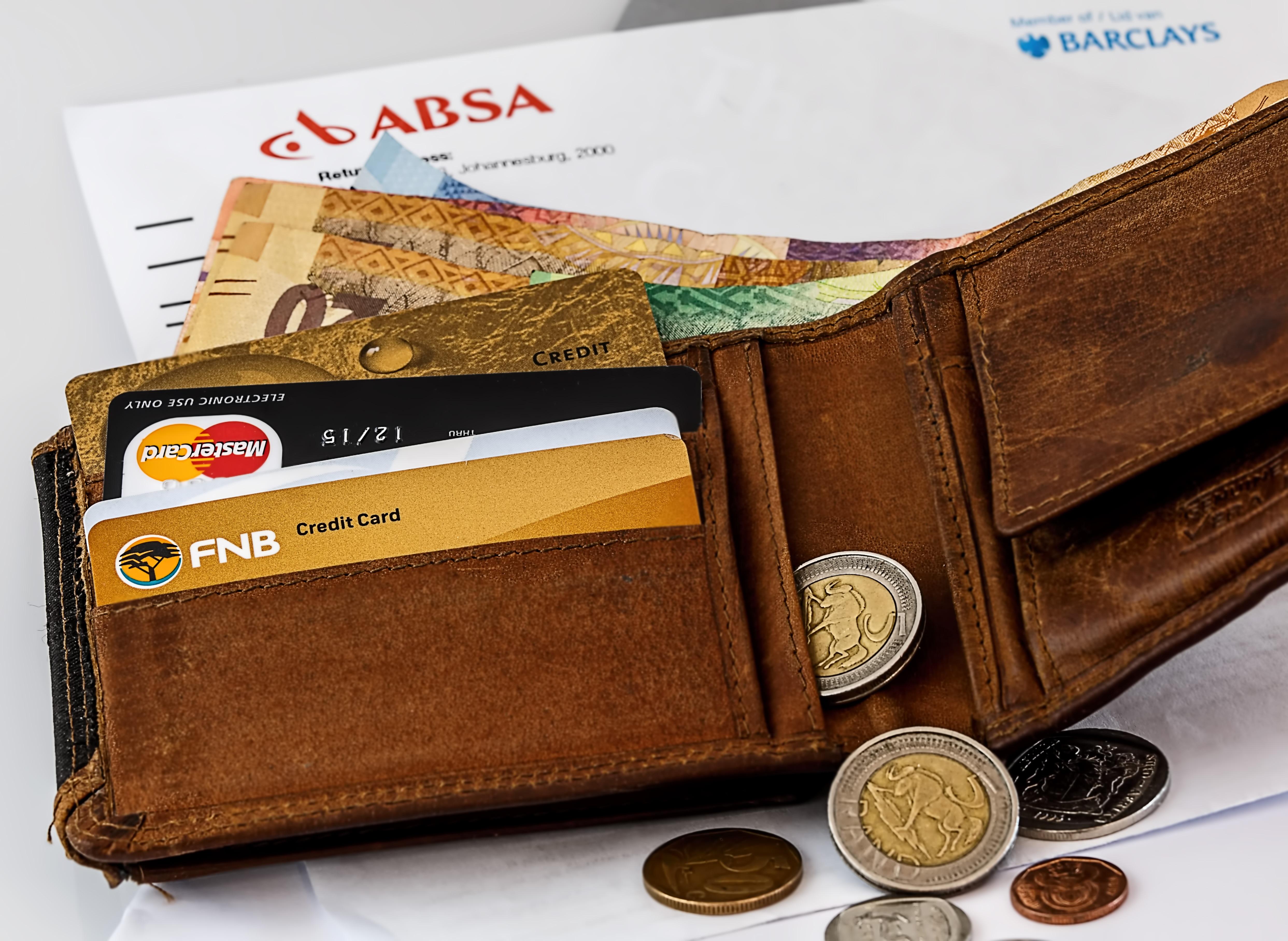 Qual a forma mais segura de levar dinheiro para o exterior?