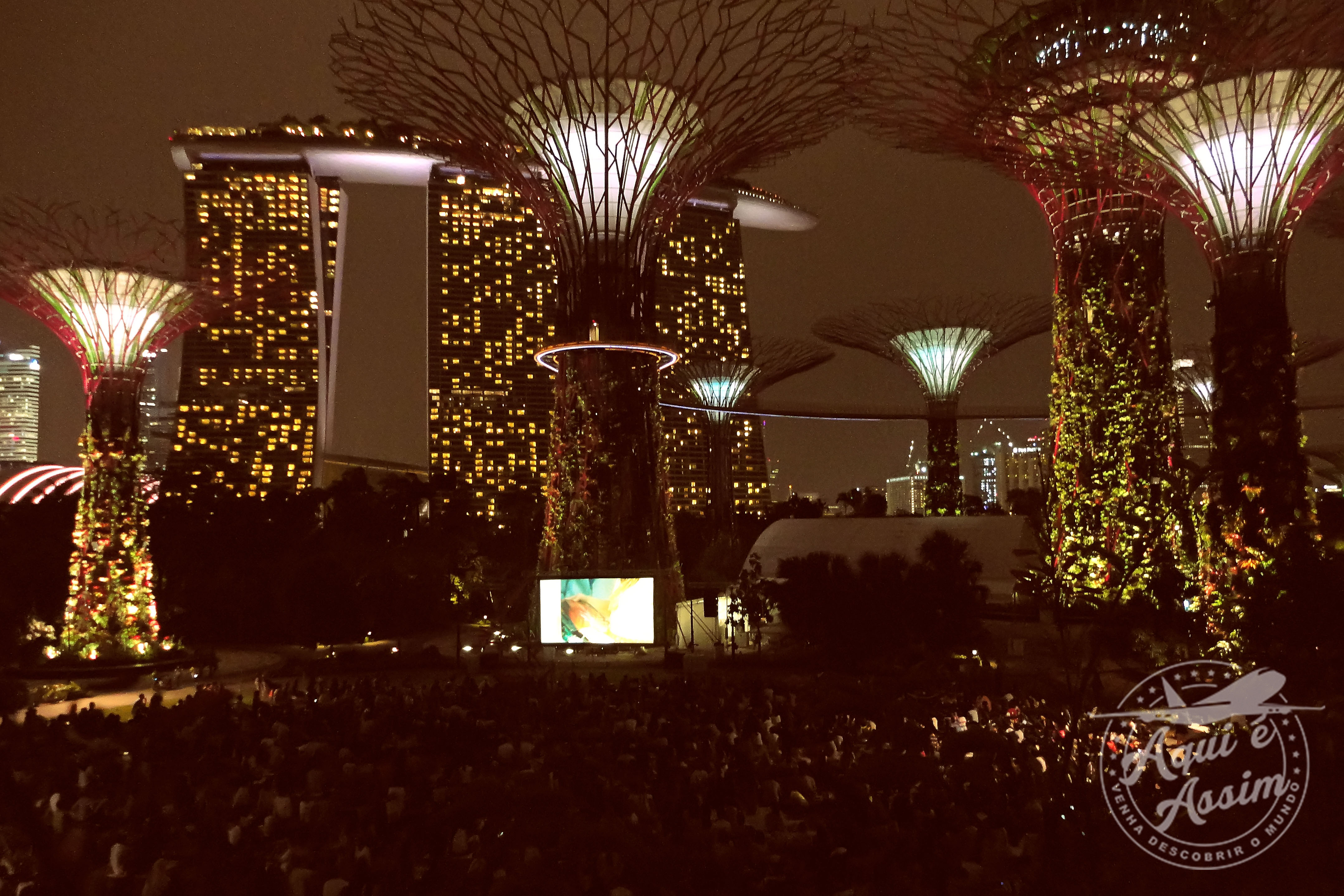 Show de luzes no Gardens by The Bay