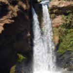 Cachoeira no meio do percurso realizado pelo Trem da Vale