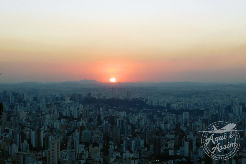 Pôr do sol no Mirante das Mangabeiras