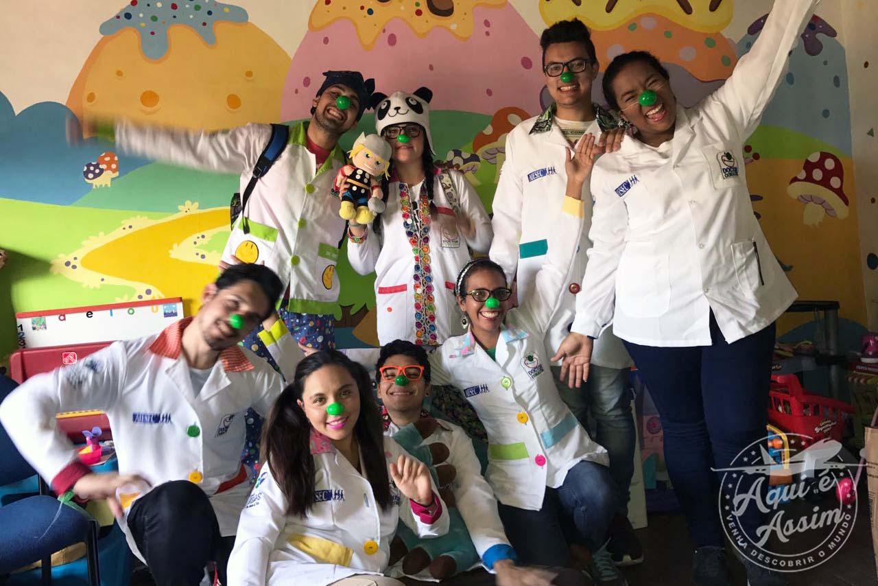 HUELLA: uma ONG que trabalha com o objetivo de levar alegria para as crianças.